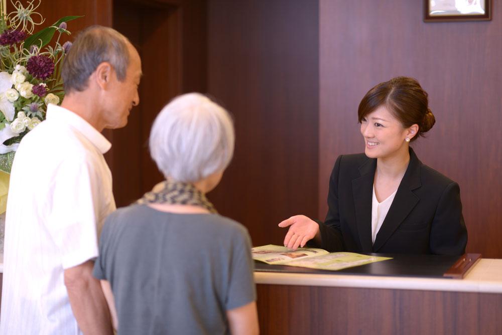 ホテルライクなおもてなしと親身な見守りで、入居者様の幸せな暮らしを支えます。