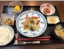 食堂では、1日3食お食事をご提供しています(予約制)